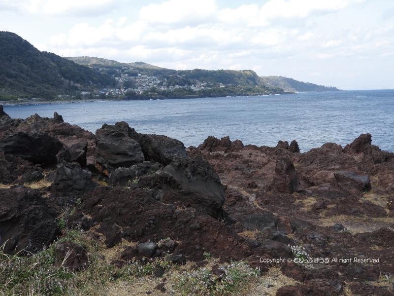 城ケ崎ピクニカルコース崖の上
