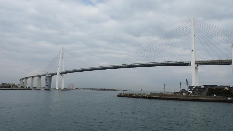 新湊大橋連絡船から
