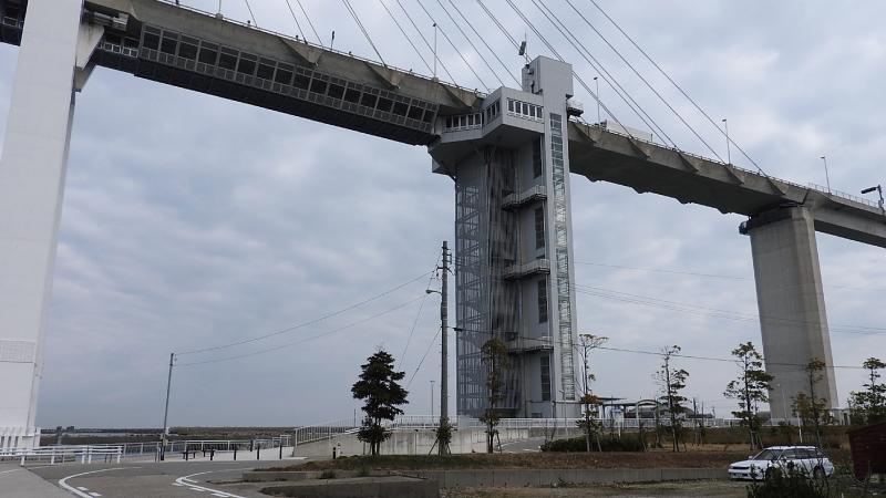 新湊大橋エレベーター
