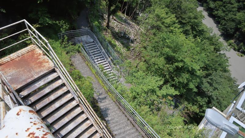 夢の吊橋階段