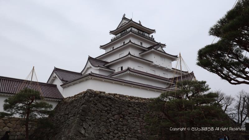 鶴ヶ城800x450