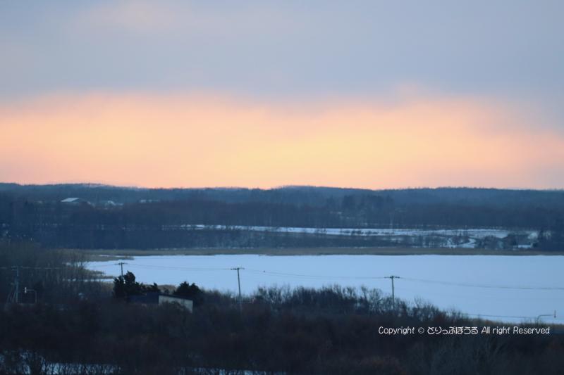 フレトイ展望台から濤沸湖と夕焼け