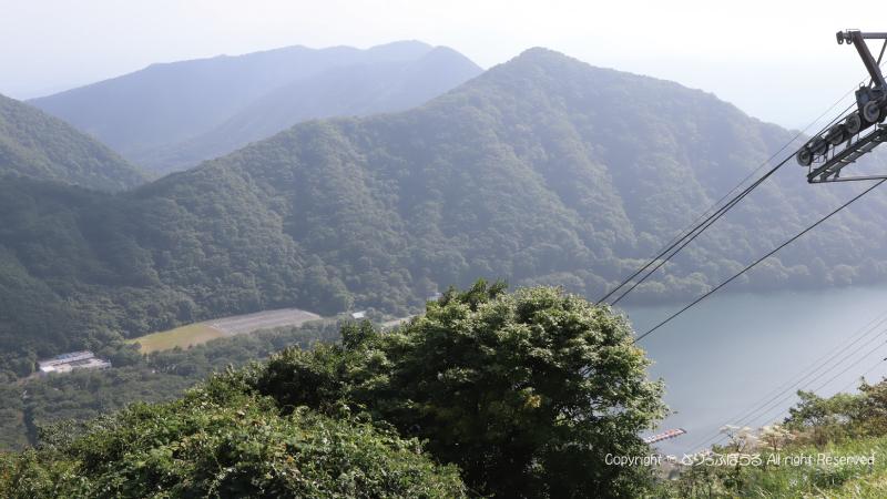 榛名富士山頂から榛名湖